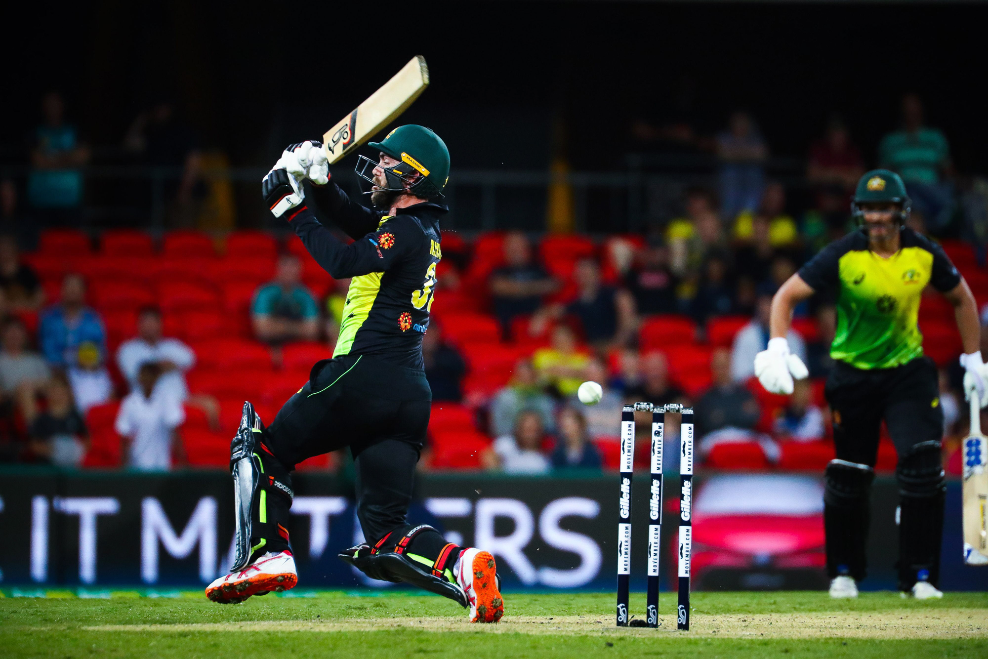 Glenn Maxwell of Australia plays a shot during the T20 international cricket match between Australia and South Africa at Metricon Stadium on the Gold Coast on November 17, 2018. (Photo by Patrick HAMILTON / AFP) / -- IMAGE RESTRICTED TO EDITORIAL USE - ST