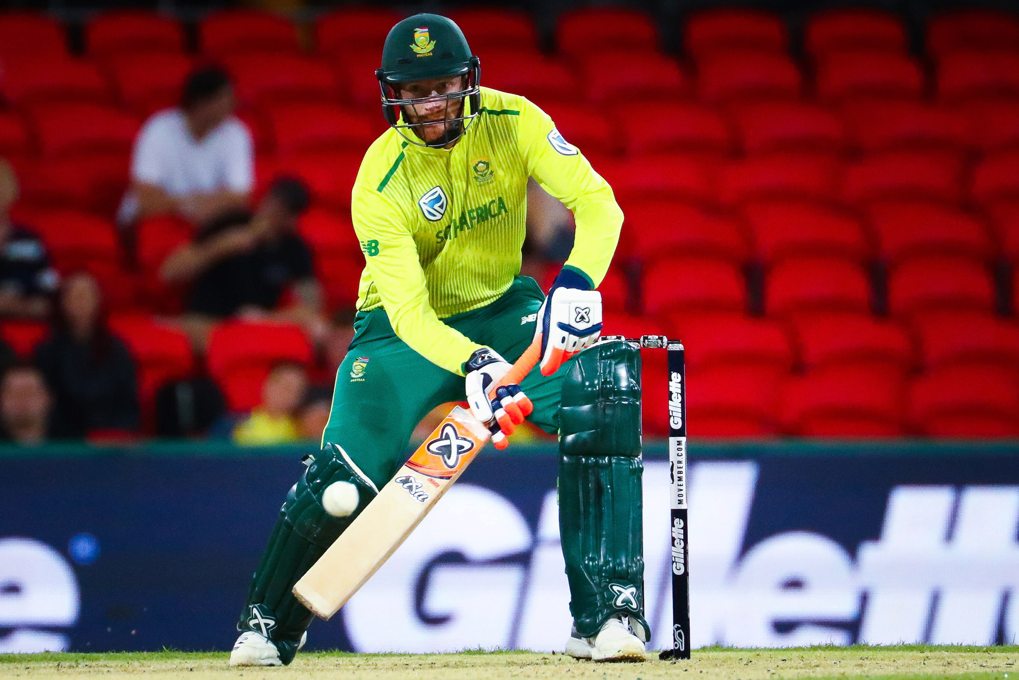 Heinrich Klaasen of South Africa plays a shot during the T20 international cricket match between Australia and South Africa at Metricon Stadium on the Gold Coast on November 17, 2018. (Photo by Patrick HAMILTON / AFP) / -- IMAGE RESTRICTED TO EDITORIAL US