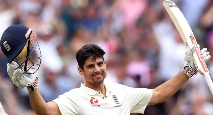 Former England captain Cook knighted