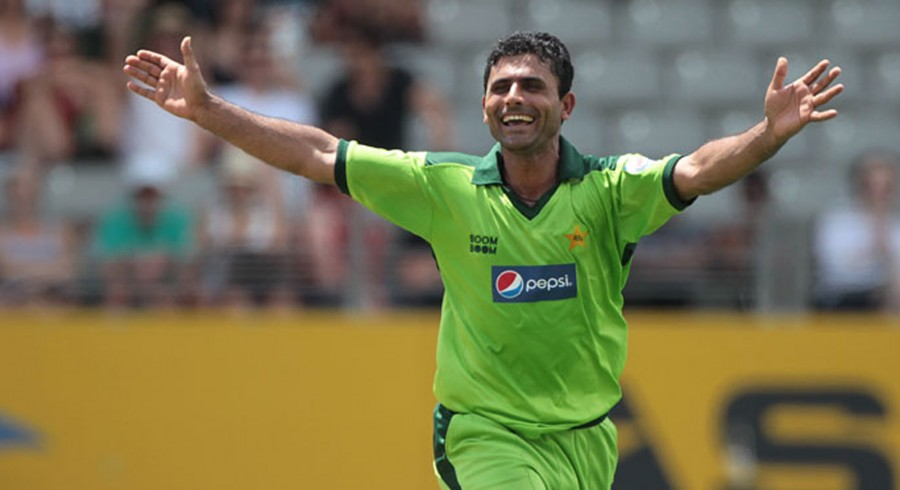 Razzaq throws weight behind Sarfraz as Pakistan captain