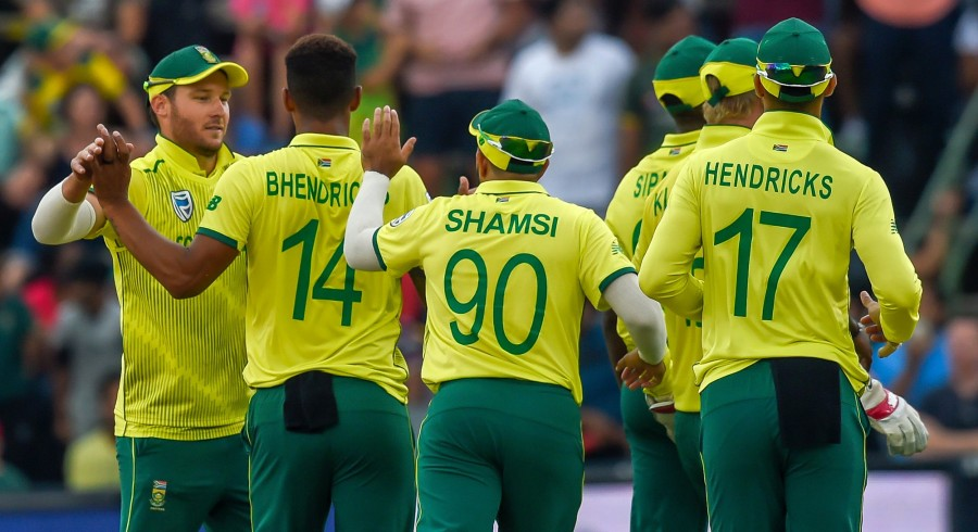 South Africa clinch series after thrilling finish in second T20I
