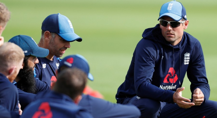 Settled England favourites to win World Cup: Cook