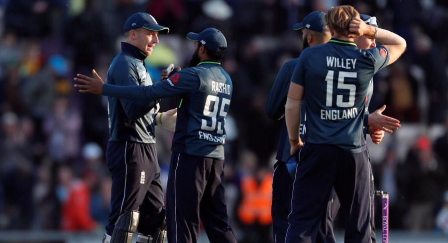 England win thriller, clinch ODI series against Pakistan