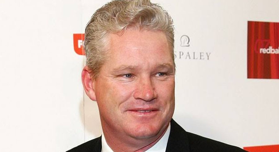 Jones defends Pakistan cricketer after being mocked by Australian journalist