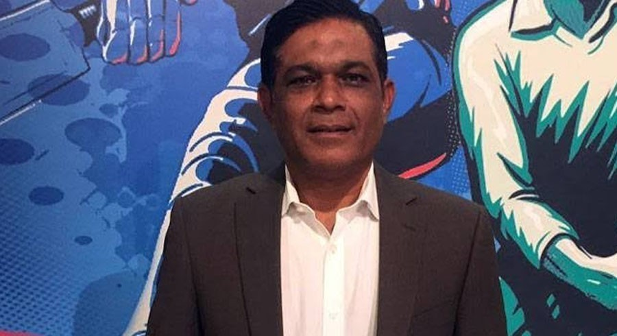Latif weighs in on Ramiz, Malik's war of words over retirement remark