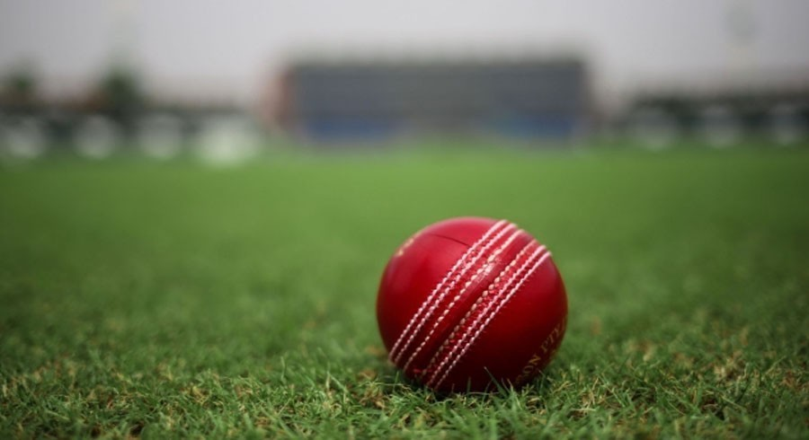 Australia consider disinfecting ball to lower health risks