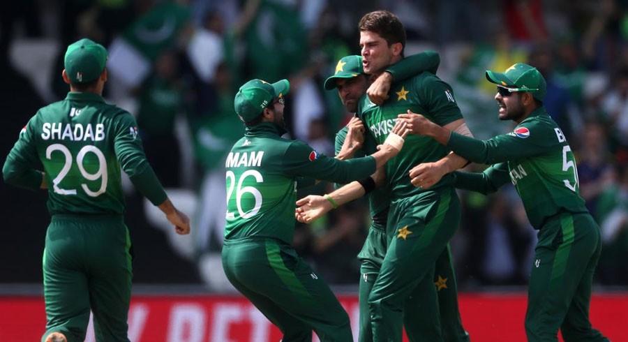 پاکستانی کرکٹرز اپنے سائے سے بھی ڈرنے لگے
