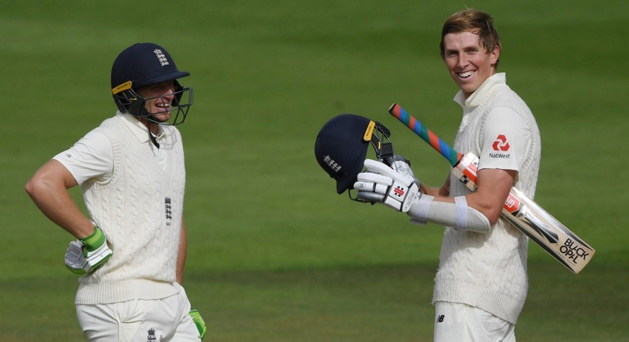 Pakistan lose three quick wickets after Crawley, Buttler help England post 583/8