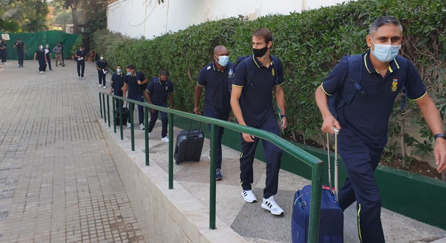 'Welcome to Pakistan': Twitter reacts as Proteas arrive in Pakistan