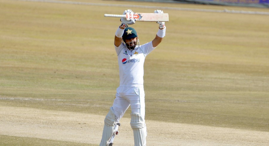 Incredible Rizwan puts Pakistan firmly in control of second Test at lunch
