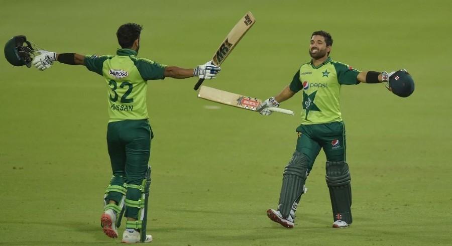 پاکستان نے سنسنی خیز مقابلے کے بعد کمزور پروٹیز کو شکست دیدی