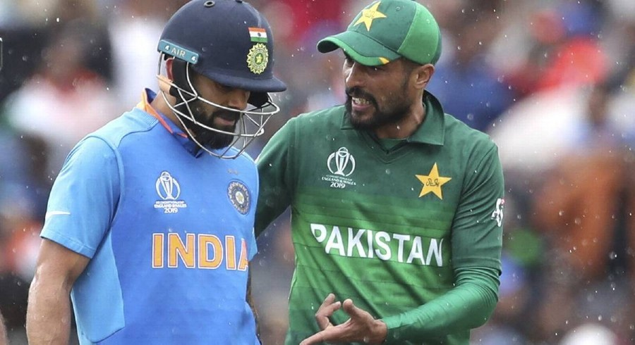 Faced no difficulty while bowling to Kohli, Sharma: Amir