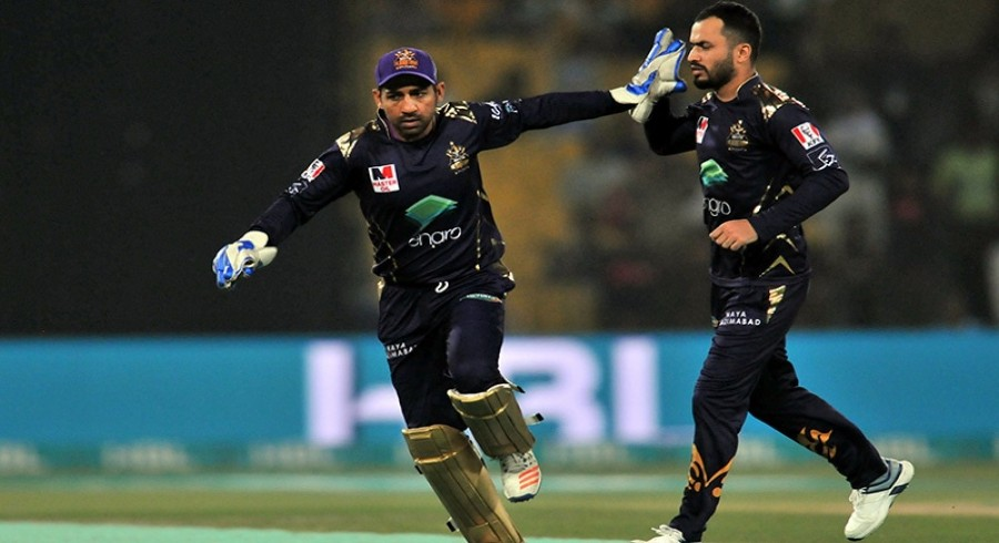 Gladiators stay alive in HBL PSL 6 with 18-run win over Qalandars