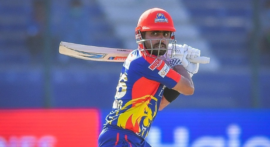 Babar stars with fifty as Karachi Kings post 175-7