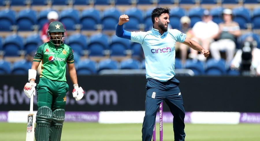 دوسرا ون ڈے انگلینڈ نے پاکستان کو 52 رنز سے شکست دے دی