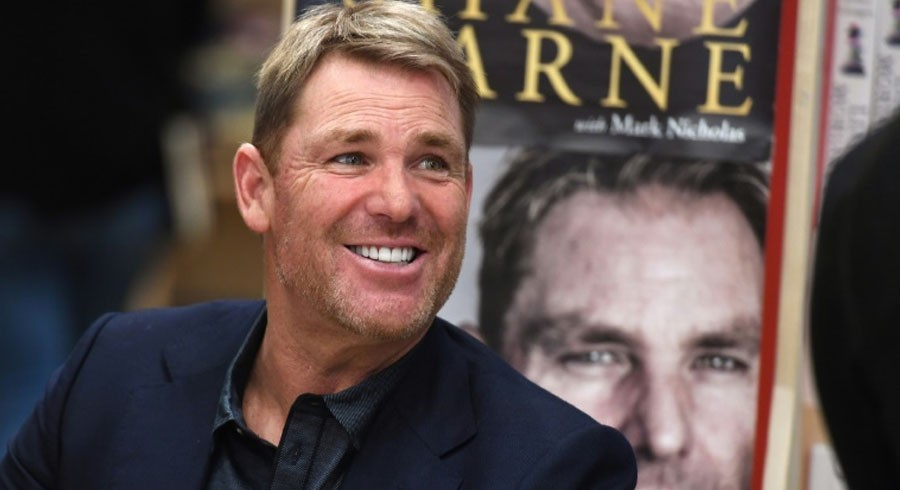 Shane Warne includes one Pakistani in top 10 fast-bowlers of all time