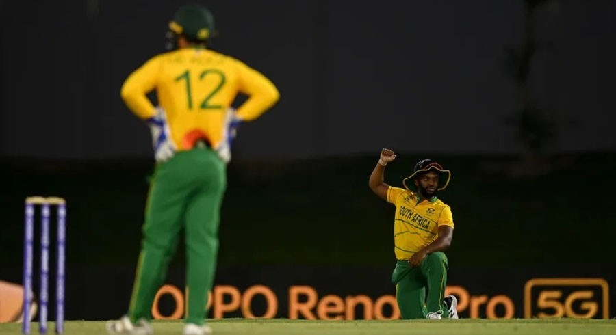 De Kock skips T20 World Cup game after South Africa asked to take knee