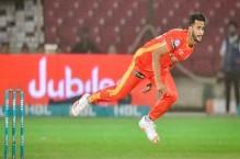 LIVE: Early strikes jolt Zalmi as United defend 119-run target