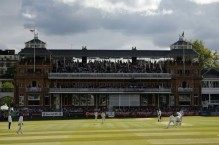 English grounds consider role as IPL stand-in: reports
