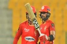 Munro, Iftikhar stun hapless Karachi in HBL PSL 6