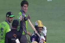 Sarfaraz, Shaheen reprimanded after verbal spat in HBL PSL 6 match