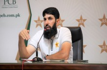 'Stay fit and perform': Misbahul Haq sends clear message to Mohammad Amir