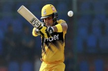 LIVE: Confident start by Zalmi in chase of 176 runs