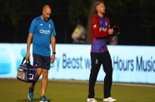 England suffer Livingstone injury scare before T20 World Cup opener